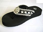 Isabella Black Flower Flip Flops          #WWD-BlackFlowerS002