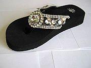 Isabella Camo Round Rhinestone Flip Flops                 #LGHS-RoundCamoS018