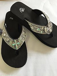 New Isabella Rhinestone Square Bling Cross Wings Flip Flops    #LGHW-57